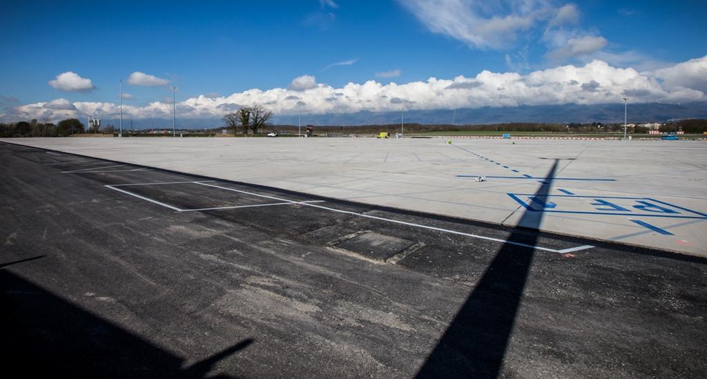Parking P48 - Aéroport International de Genève